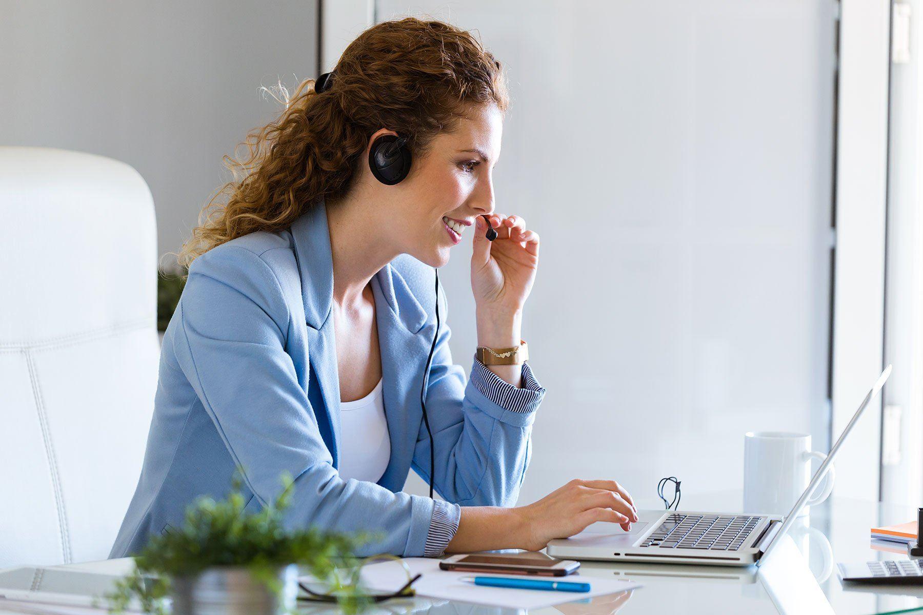 Como contratar uma boa secretária ou recepcionista